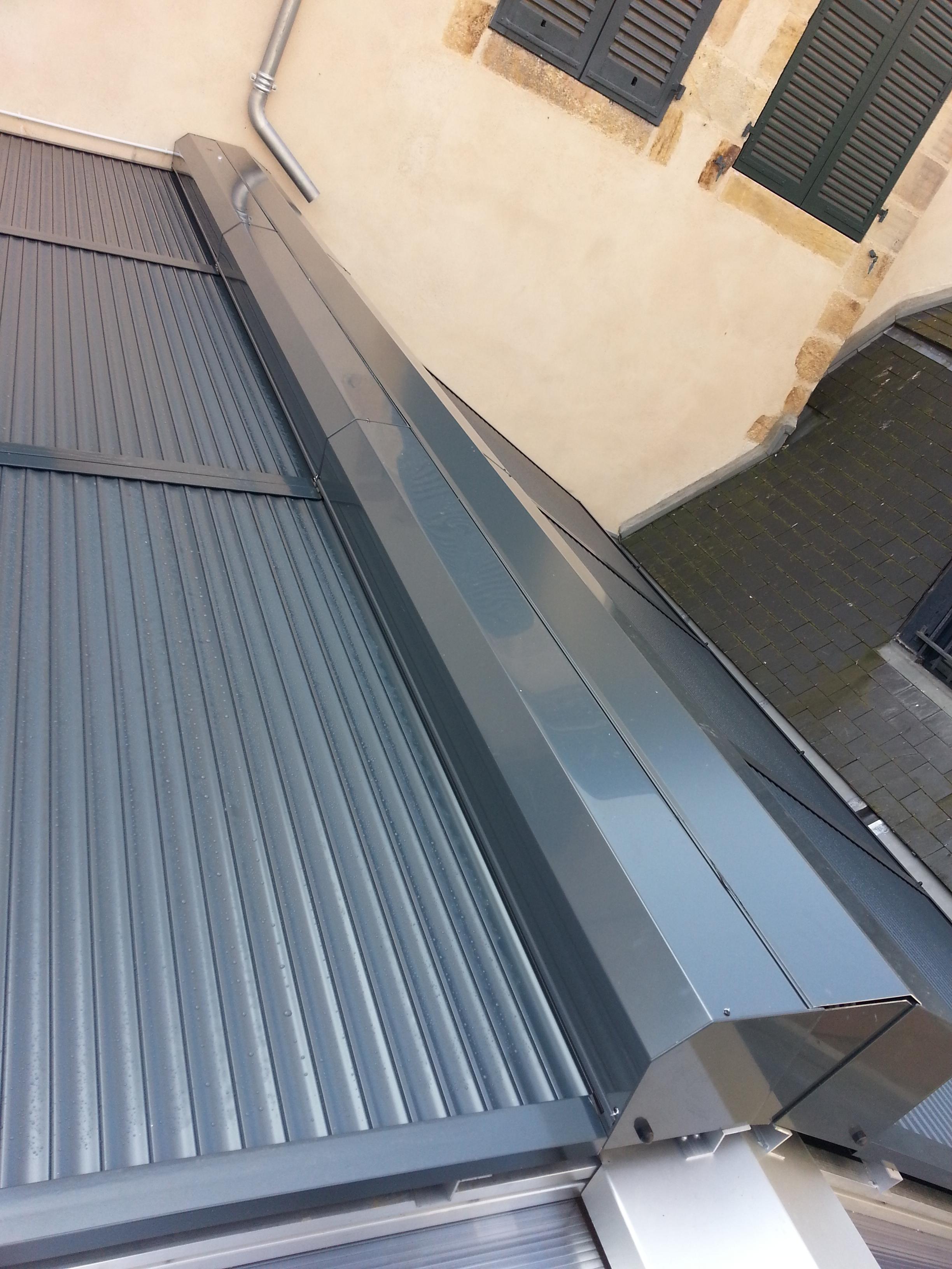 fabricant volet roulant pour toiture veranda. Black Bedroom Furniture Sets. Home Design Ideas
